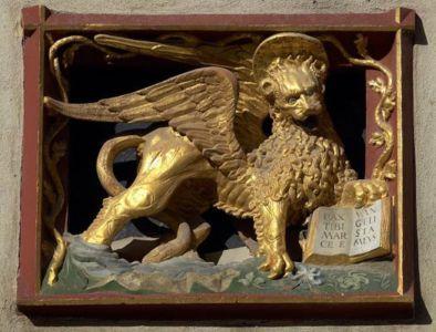 Lion aile, symbolique chretienne.